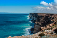 Klippor på den stora australiern Bigh Royaltyfria Bilder