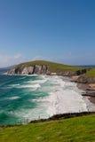 Klippor på Dinglehalvön, Irland Arkivbilder