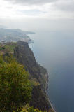 Klippor på söderna av madeiraön - Cabo Girao arkivfoto