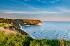Klippor vid havet Arkivfoton