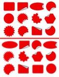 Klistermärkeetikettuppsättning. Rött klibbigt som isoleras på vit Royaltyfri Fotografi