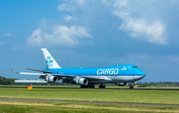 KLM法航波音747在史基普机场的货机 库存照片