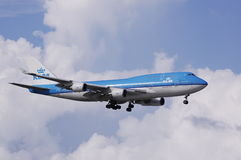 KLM 747 landing Stock Photos