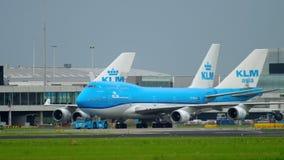 KLM Boeing 747 che rulla archivi video
