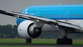 KLM Boeing 777 versnelt stock videobeelden