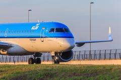 KLM Cityhopper voyagent en jet Images libres de droits