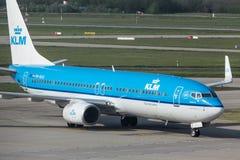 Klm drogi oddechowe samolotowe przy Budapest lotniskiem Hungary Fotografia Royalty Free