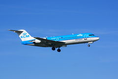 KLM Fokker 70 landing Royalty Free Stock Images