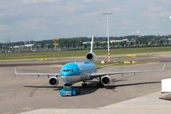 KLM Mcdonnell Douglas MD-11 à l'aéroport de Schiphol Photos stock