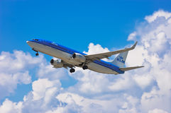 KLM Royal Dutch Airlines Boeing 737-8K2 Stock Photography