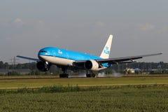 KLM Royal Dutch linie lotnicze Boeing B777 Obraz Royalty Free