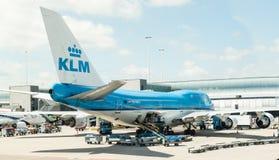 KLM an Schiphol-Flughafen Amsterdam stockbilder