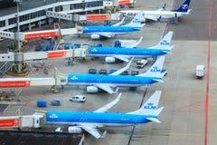 KLM-stralen bij de poort stock afbeelding