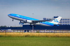 KLM A330 takeoff Stock Images