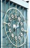 Klocka av den Finlyandsky terminalen petersburg saint Arkivfoton
