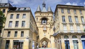 Klocka av den Grosse sticklingshusdörren på Bordeaux, Frankrike Arkivfoton