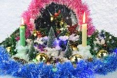 Klocka för nytt år på snöbakgrund royaltyfri fotografi
