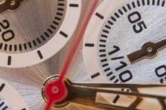 klocka för objekttid för bakgrund begrepp isolerad white Klockaframsidacloseup - makrobild Arkivbild