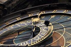 klocka för prague stadstorn Arkivfoto