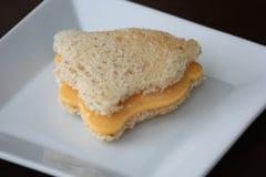 Klocka formad ostsmörgås Royaltyfri Fotografi