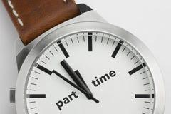 Klocka med deltids- text Arkivfoton