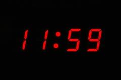 klocka o tolv Arkivfoton