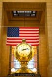 Klocka på den Grand Central stationen Arkivfoto