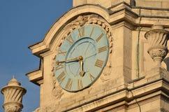Klocka på St Martins i fältet Royaltyfri Bild