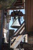 Klocka p? tornet av Frossare Torre del Mangia, Siena, Italien royaltyfri fotografi