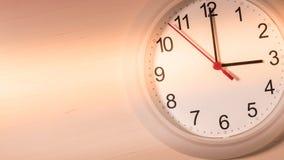 Klocka som tickar visning tre timmar Royaltyfri Fotografi