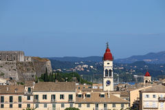 Klocka torn av den Korfu för helgonSpiridon kyrka staden Arkivfoto
