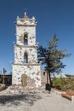 Klocka torn av den kyrkliga Campanarioen de San Lucas på den huvudsakliga fyrkanten för Toconao by - Toconao, Atacama öken, Chile Arkivfoto