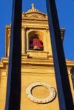 Klocka torn av den Pamplona domkyrkan, i Navarre, Spanien, arkitektonisk detalj arkivbild