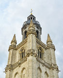 Klocka torn av helgonet Martinus Basilica Arkivfoton