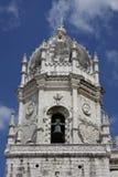 Klocka torn av kloster av Jerónimos, Lissabon Arkivfoto