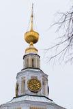 Klocka torn av omgestaltningdomkyrkan Uglich arkivfoton