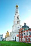 Klocka torn av St. Nicholas Monastery Ugresh Royaltyfria Foton
