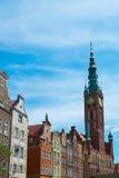 Klocka torn i den gamla Gdansk staden, Polen Royaltyfria Bilder