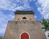 Klocka torn i den gamla staden av Peking, Kina royaltyfri fotografi