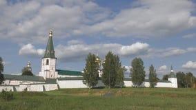 Klocka torn och Iver Cathedral Tid schackningsperiod arkivfilmer