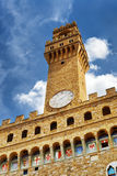 Klocka torn och klocka av Palazzoen Vecchio i Florence, Italien Arkivfoton