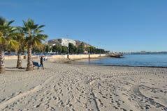 Klocka-torn på stranden royaltyfri bild
