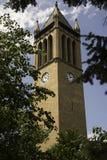 Klocka torn på den Iowa delstatsuniversitetet Royaltyfria Foton