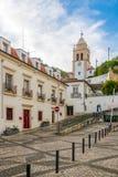 Klocka torn Sineira nära domkyrka av Leiria i Portugal Royaltyfri Fotografi