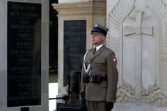 Klocka vid gravvalvet av den okända soldaten arkivbilder