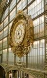 klockacloseupmuseum orsay paris Arkivfoto
