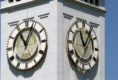 klockadetaljtorn arkivbilder