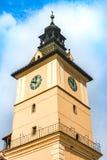 Klockatorn av museet av historia i Brasov, Rumänien arkivbild