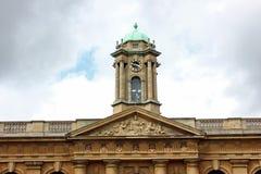 Klockatorn, högskola för drottning` s, storgatan, Oxford Royaltyfria Bilder