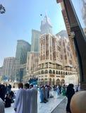 Klockatorn i Makkah, Saudiarabien Arkivfoto